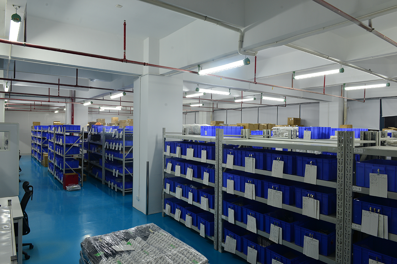 electronic cigarette stock warehouse in China